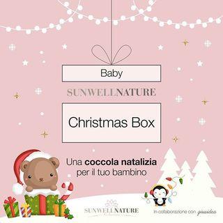 Eccomi con la seconda novità natalizia per questo Natale 2019 La SUNWELL NATURE BABY CHRISTMAS BOX.  Quest'anno è il nostro primo Natale e vogliamo festeggiarlo con voi proponendovi un'idea regalo speciale per i nostri bambini da spacchettare sotto l'albero di Natale.  Questa box è stata ideata in collaborazione con Giusy di @gius.idea per farvi scoprire prodotti eccezionali della cosmesi naturale per coccolare e prendervi cura dei vostri bambini ad un prezzo super vantaggioso.  È in EDIZIONE LIMITATA ed è acquistabile entro il 12 novembre . La box contiene 2 prodotti in formato full size (momento bagnetto), 1 accessorio coccola e 1 card nascita personalizzata (indicare nelle note dell'ordine il nome, il sesso, la data e l'ora di nascita, il peso e l'altezza del bambino/a). I marchi che troverete all'interno della box sono alcuni dei Brand più prestigiosi che trovate nello SHOP @maternatura.it e @cosedellanatura  Il valore dei prodotti all'interno della box corrisponde a € 54,30 + confezionamento e  spedizione. Il prezzo di vendita della box è di € 39.90. Vi ricordo che non dovrete sostenere alcuna spesa di spedizione La trovate in home page e nella categoria IDEE REGALO.  Non si accettano pagamenti in contrassegno per la Baby Sunwell Nature Christmas box (gli ordini con pagamento in contrassegno verranno automaticamente annullati). Potete condividere con noi le foto dei prodotti taggando @sunwellnature @gius.idea e l'azienda del prodotto e l'hashtag #sunwellnature #sunwellchristmasbox2019 e noi ne saremmo molto felici  Vi lascio il link in bio 🎄www.sunwell.it🎄  Vi aspetto online  #sunwellnature#sunwellchristmasbox2019 #natale🎄#baby#ideeregalo#coccolebimbi #prodottibio#naturalcosmetics #nature_lovers#naturale #regalobimbipersonalizzato #ecobiocosmesi #madeinitaly #maternatura #cosedellanatura #bagnettotime #nascita #pregnant